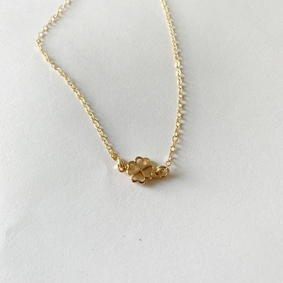 Image of Clover necklace (gold fill)