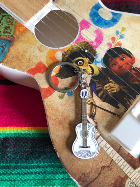 Image of Guitar Keychain