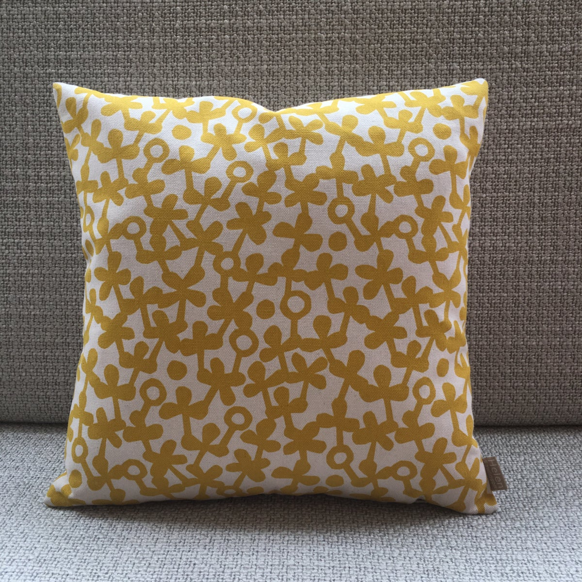 Image of Small Square Clover Cushion