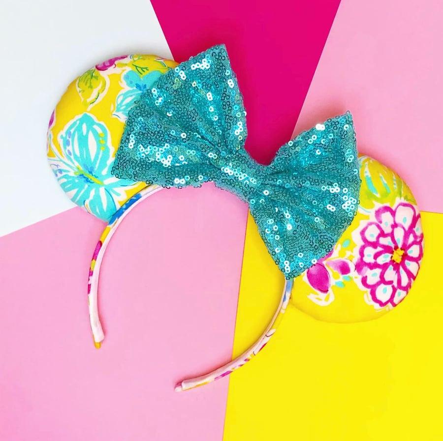 Image of Summer Flowers Ears