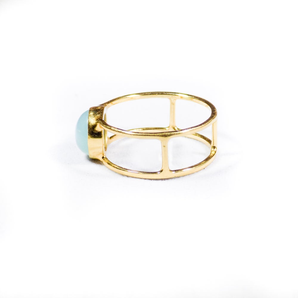 Image of Single Stone Double Band Peruvian Chalcedony Ring - gold