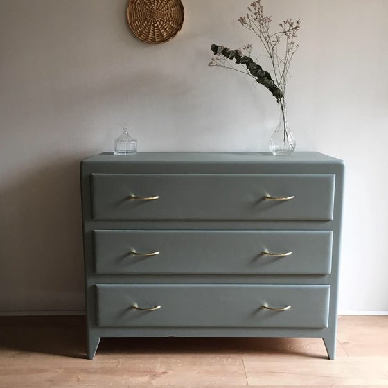 Image of Bérénice, Commode vintage