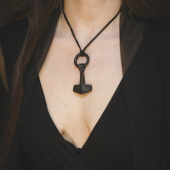 Image of Mjolnir Pendant (Large)