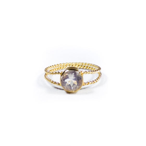 Image of Twisted Band Natural Rose Quartz Ring- gold