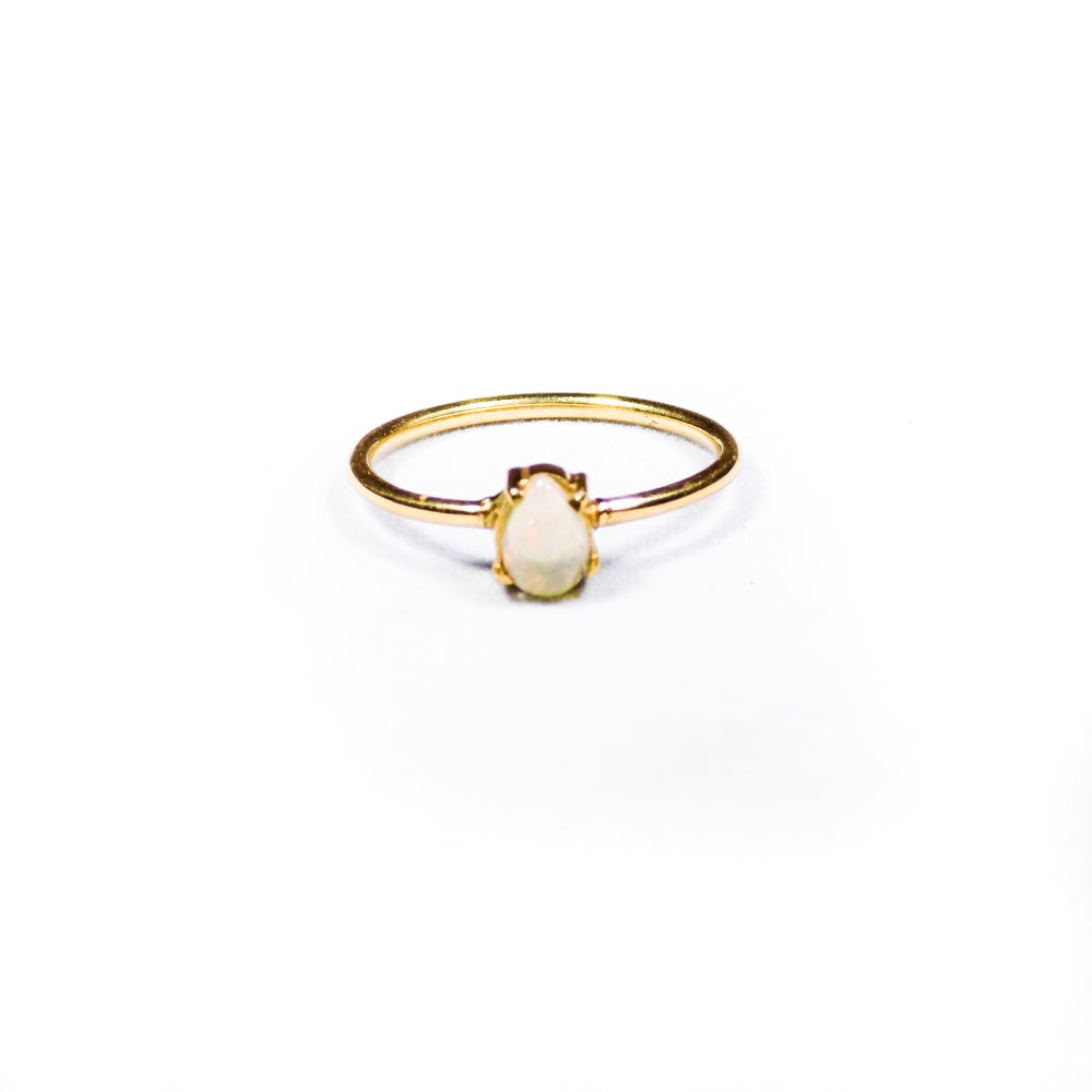 Image of Single Stone Claw Opal Ring- gold