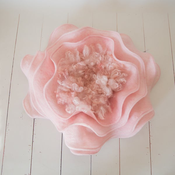 Image of Inner felt for Ruffle flower - Flower is not included