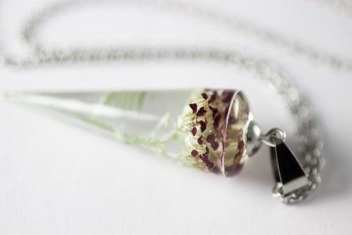 Image of Red Yarrow (Achillea millefolium) - Conical Pendant #1