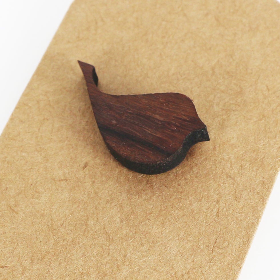 Image of Little bird brooch