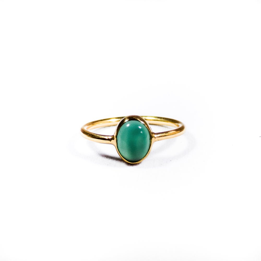 Image of Single Stone Green Onyx Ring 2- gold
