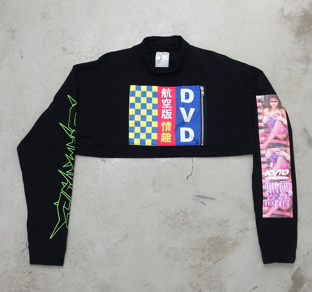 Image of DVD/Checks long-sleeve crop