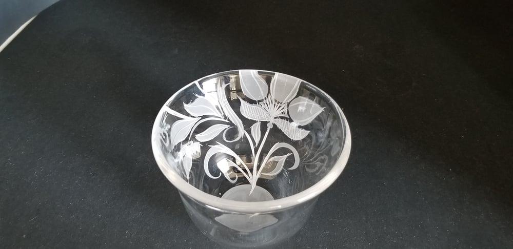 Image of Vintage floral motif bowl