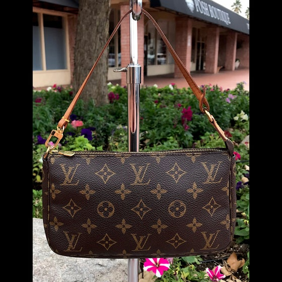 Image of Louis Vuitton Monogram Pochette Accessories