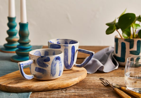 Image of Uuu White and Blue Beak Handle Mug