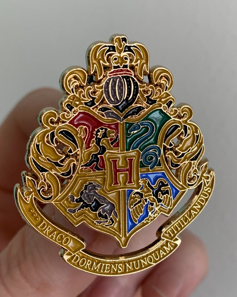 Image of HOGWARTS CREST (this is a preorder and ships 4/8)
