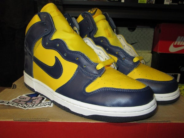 "Dunk High LE ""Midnight Navy/Varsity Maize"" 1999 - SIZE11ONLY - BY 23PENNY"
