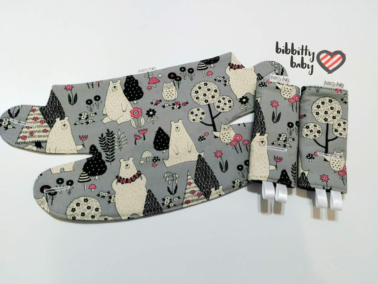 Image of Baby Carrier Bib & Suck Pad Set