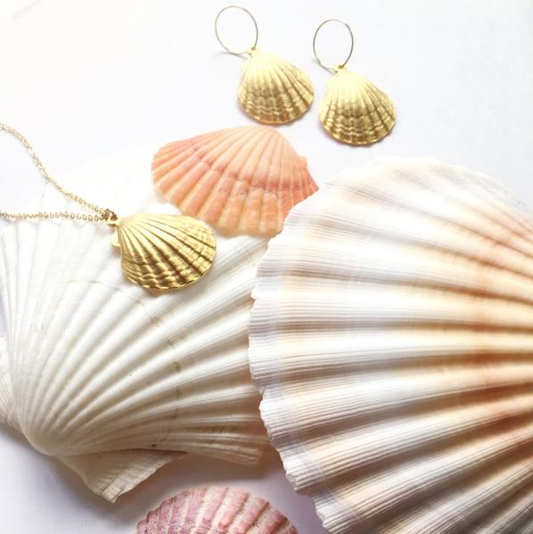 Image of Ariel Shell Earrings