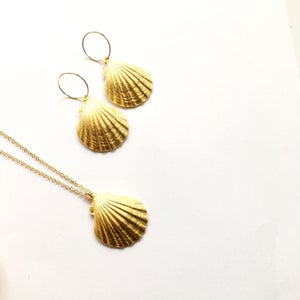 Image of Ariel Shell Earrings