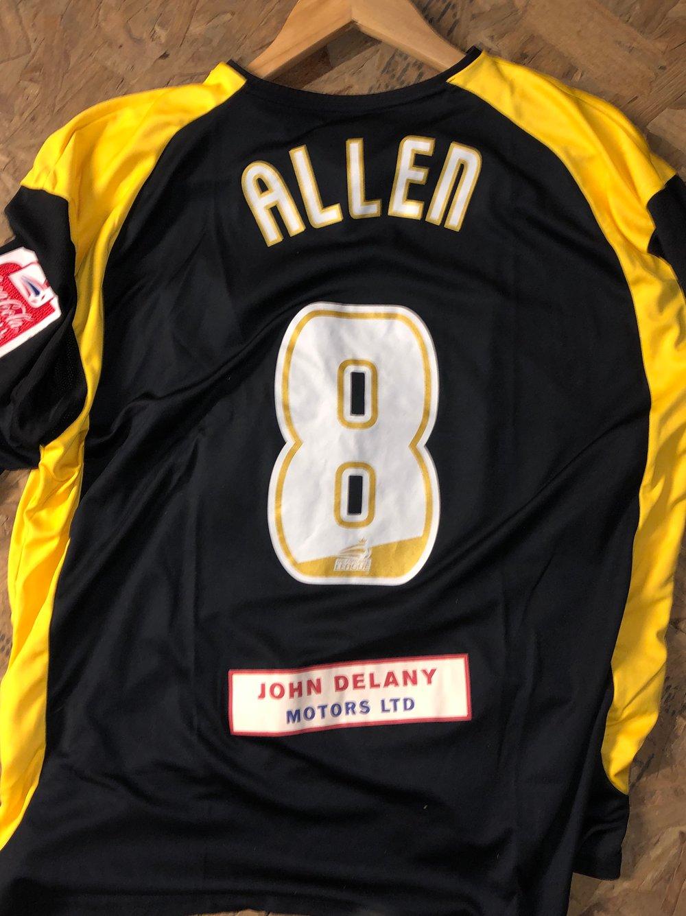 Match Worn 2006/07 Damien Allen Third Shirt