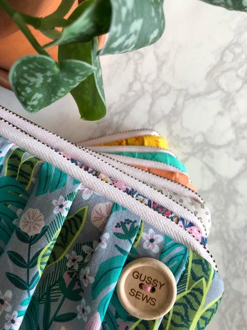 Image of Rosie Fields medium zip pouch