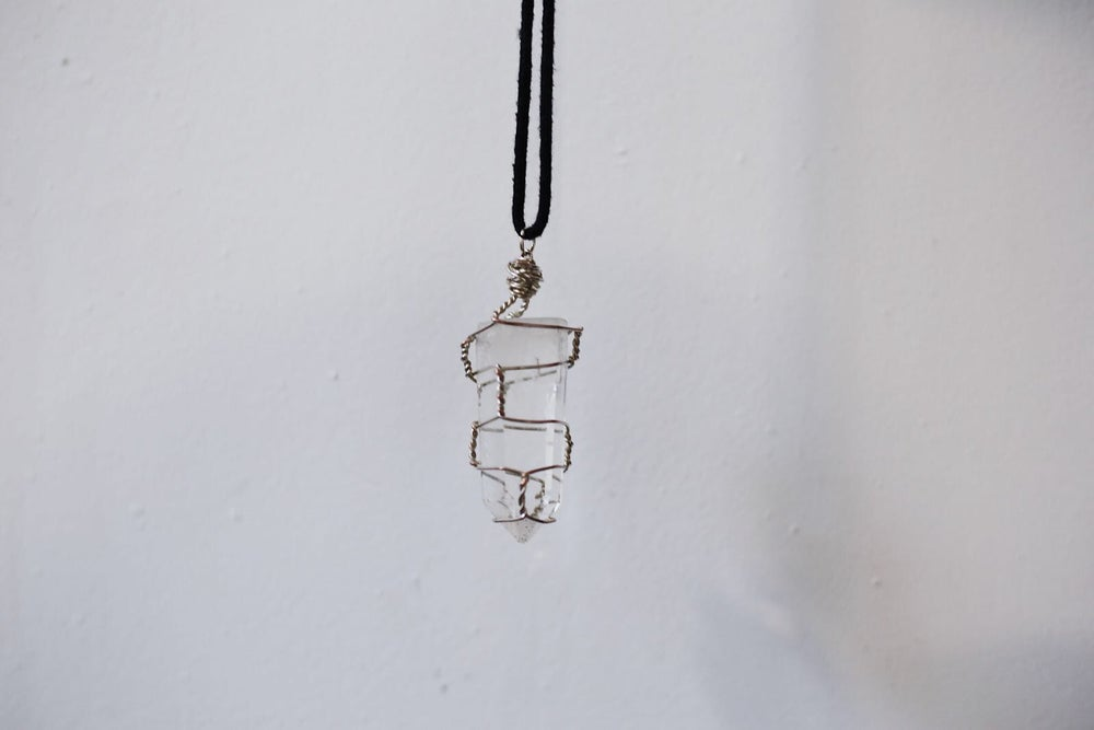 Image of FIRENZA Clear Quartz necklace