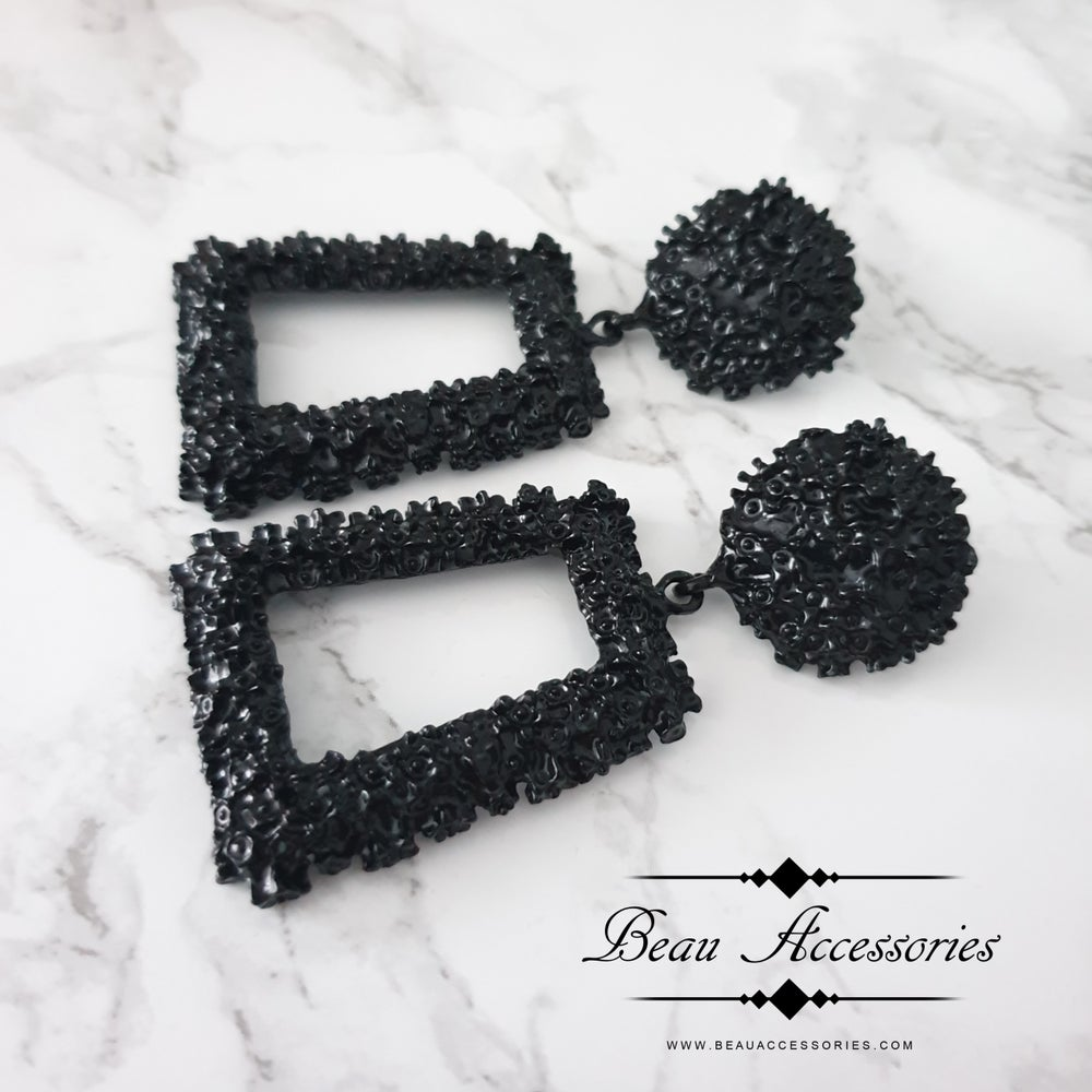 Image of Black Textured Earrings
