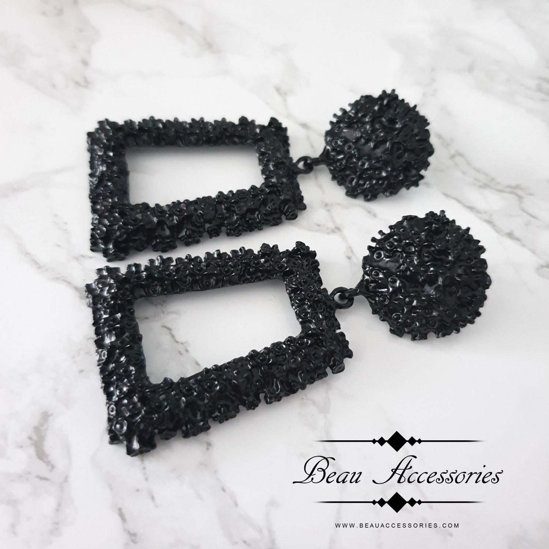 Image of Black Textured Earrings