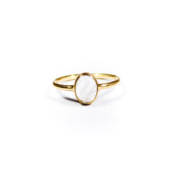 Image of Single Stone Rainbow Moonstone Ring- gold