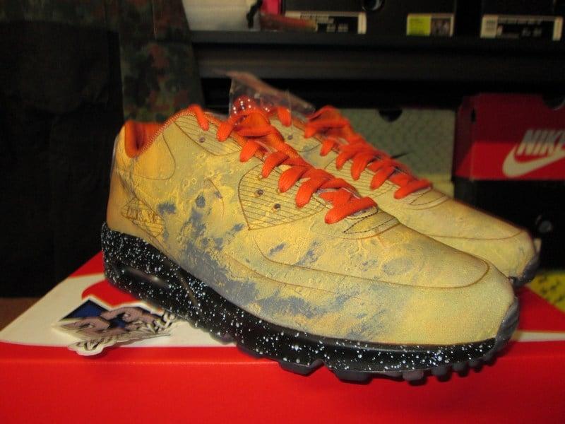 Nike Air Max 90 QS Mars Landing | 43einhalb Sneaker Store