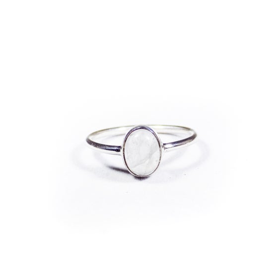 Image of Single Stone Rainbow Moonstone Ring- silver