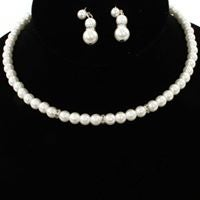 Image of PEARL EARRING /NECKLACE SET