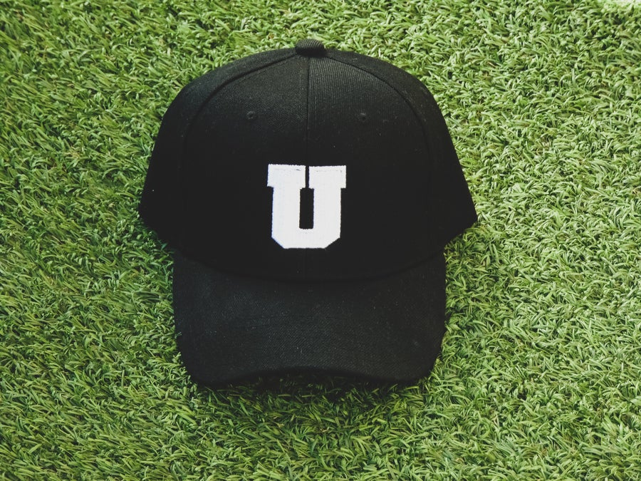 "Image of ""U"" Strapback (Black)"