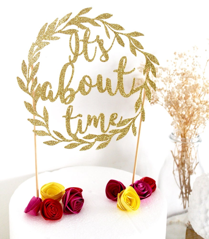 Image of wedding laurel wreath cake topper