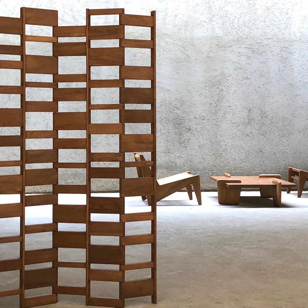 Image of roomdivider X+L 02 in natural teak