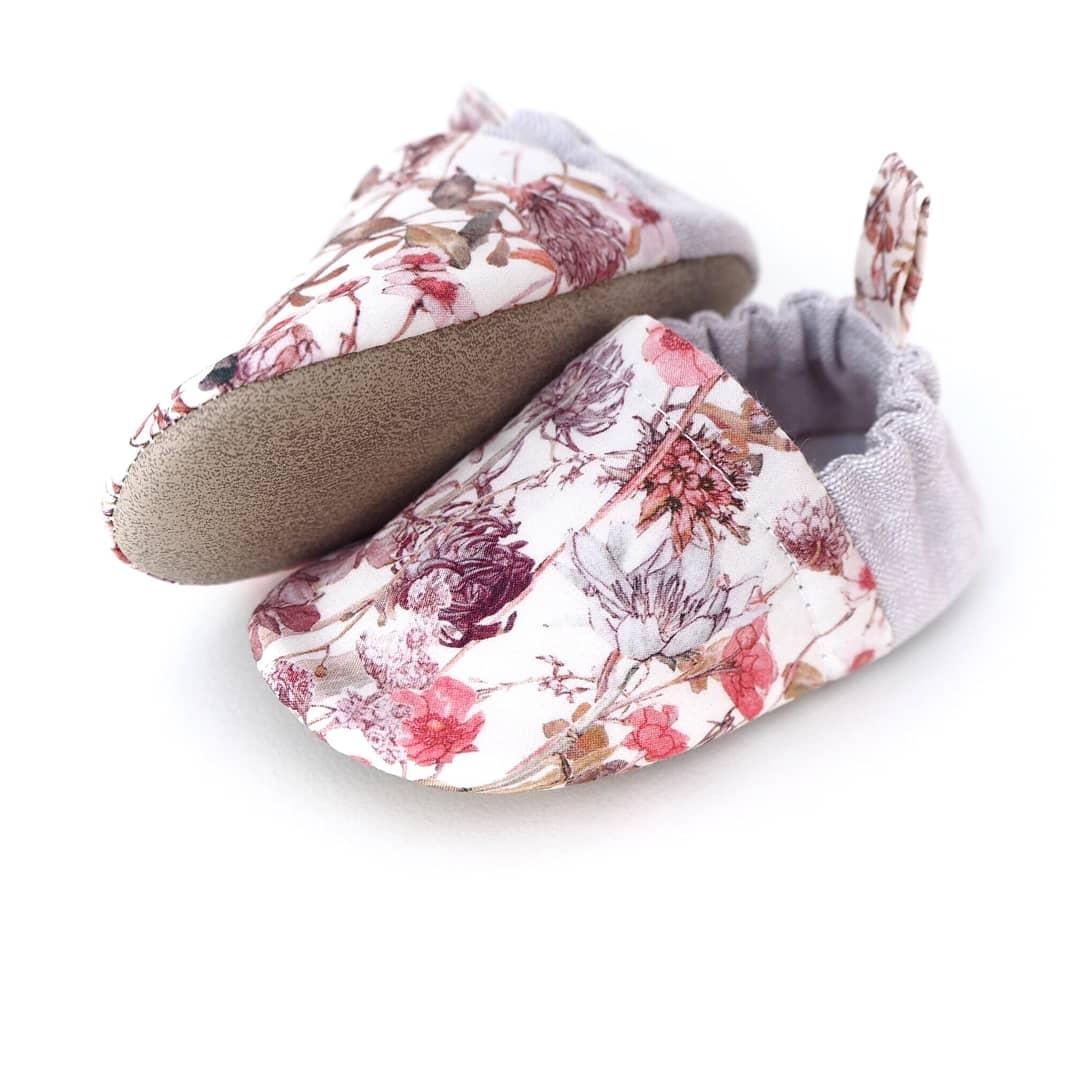 Image of S e c r e t  G a r d e n Liberty print handmade soft baby shoes