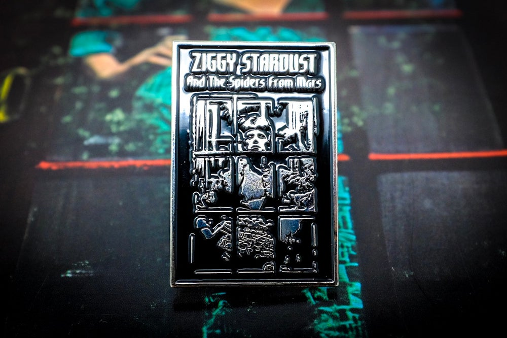Image of David Bowie - Ziggy Stardust Enamel Pin