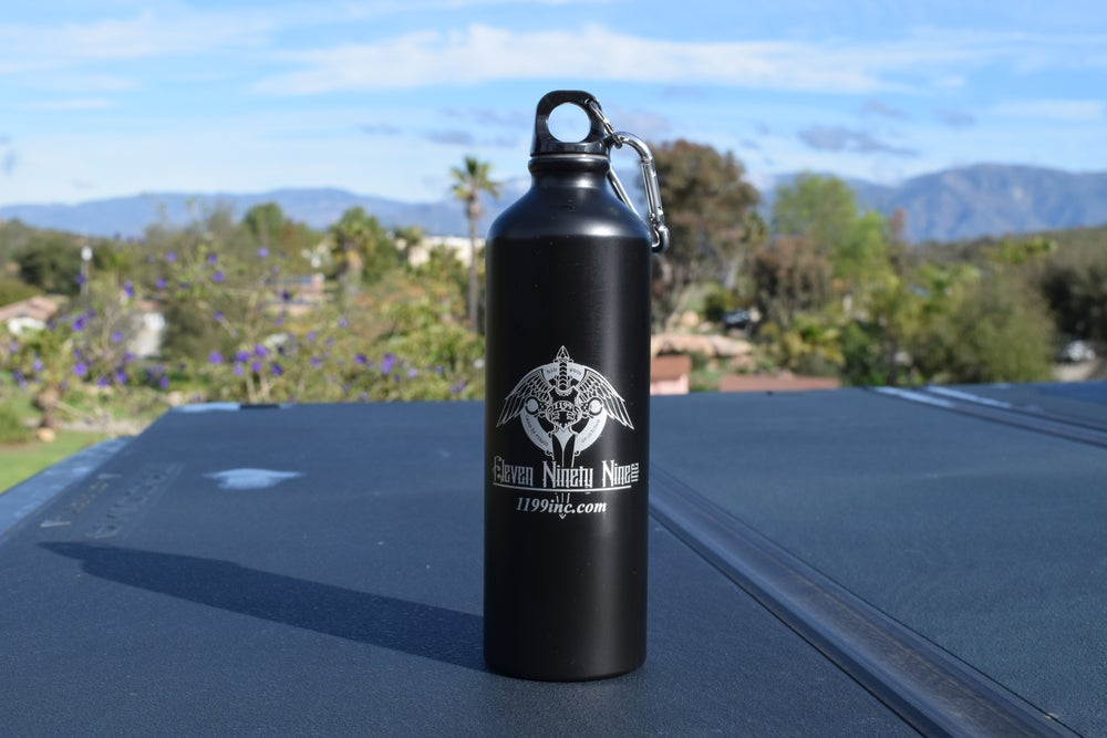 Image of 24 Oz. Black Aluminum Sports Bottle