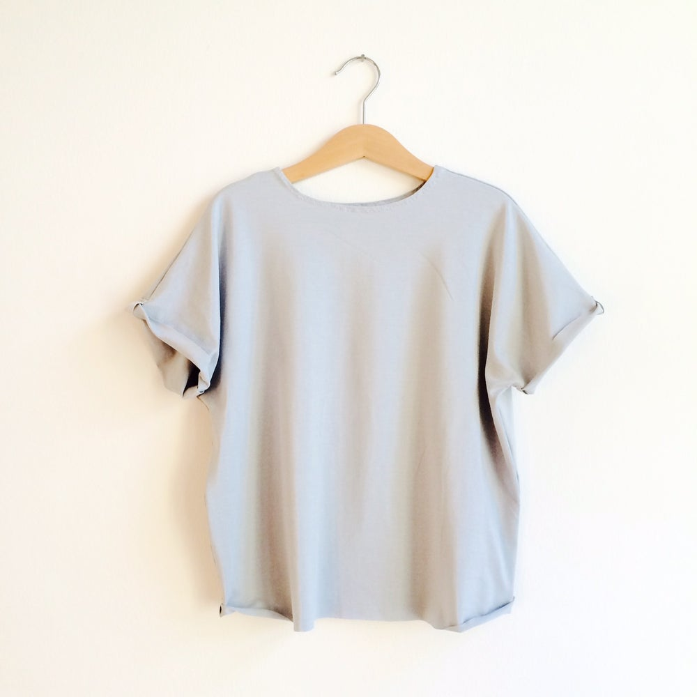 Image of Easy Tee - grey, blue and pale blue