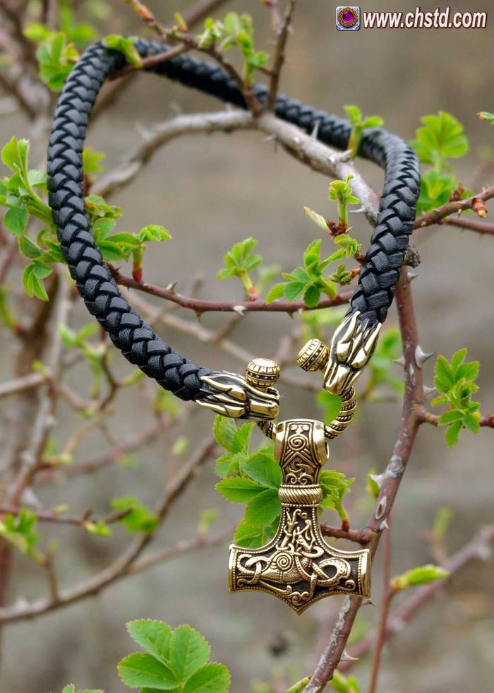 THOR'S HAMMER : MJOLNIR - Wolfs Leather Necklace