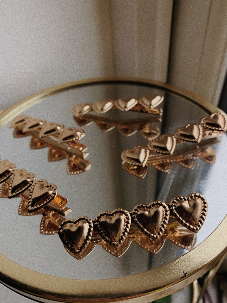 Image of heart clips