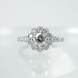 Image of PJ6587 - Diamond floral cluster ring