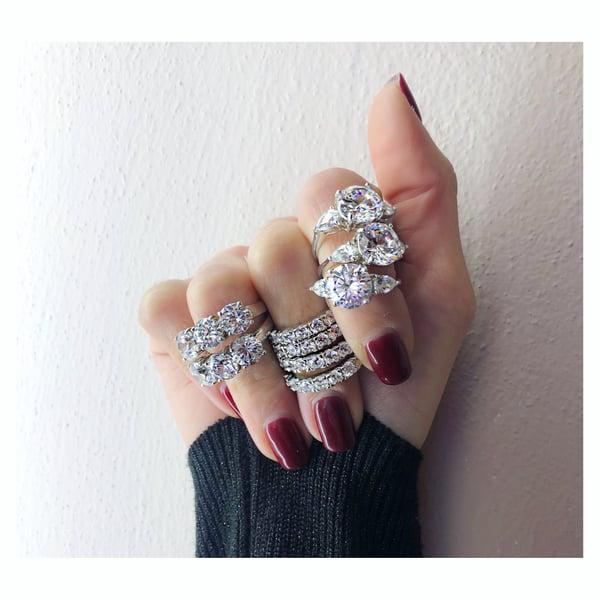 Image of Bling Ring 2