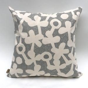 Image of Clover Haze / Clover Cushion