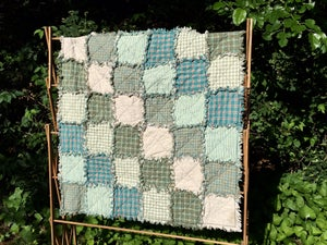 Image of Baby Play Sized Shabby Rag Quilt