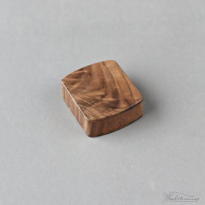 Image of Slim engagement ring box by Woodstorming