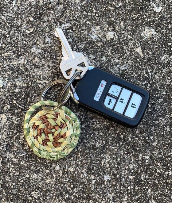 """Image of """"Sullivan Island"""" Keychain"""