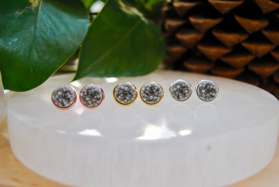 Image of Grey druzy stud earrings