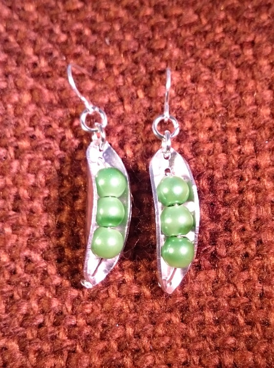 Image of Pea pod Earrings