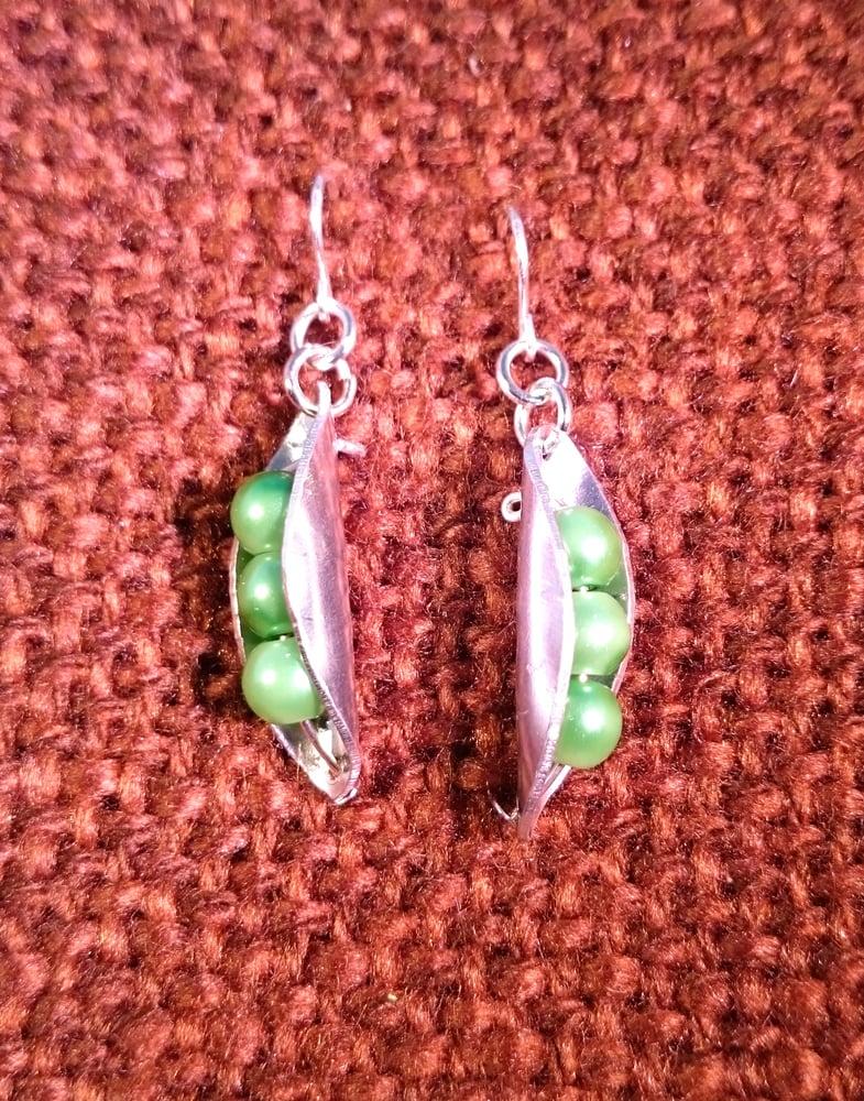 Image of Pea pod Earrings