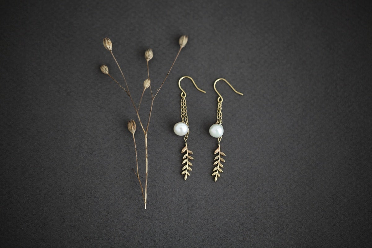 Image of fern and pearl earrings (options available)